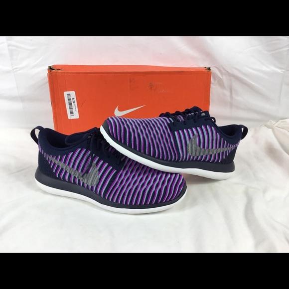 san francisco 8e481 62603 Girls Nike Roshe Two Flyknit Shoes Size 7Y Purple.  M 5b317c8103087c041b0a8eb2